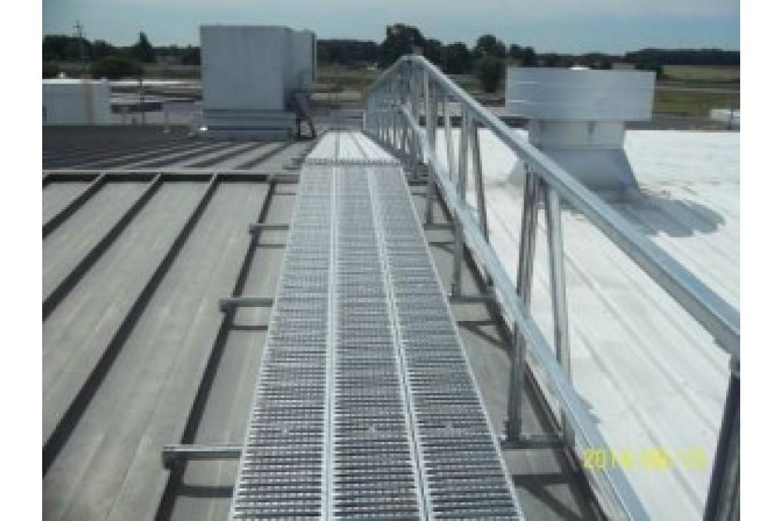 Unistrut Rooftop Walkways
